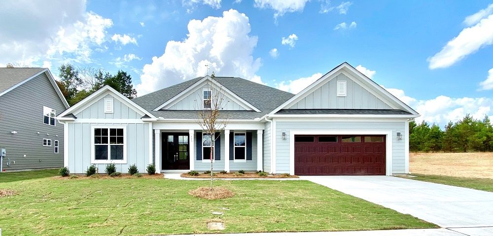 Move-in Ready Single Level home:The Dunhill at Kensley