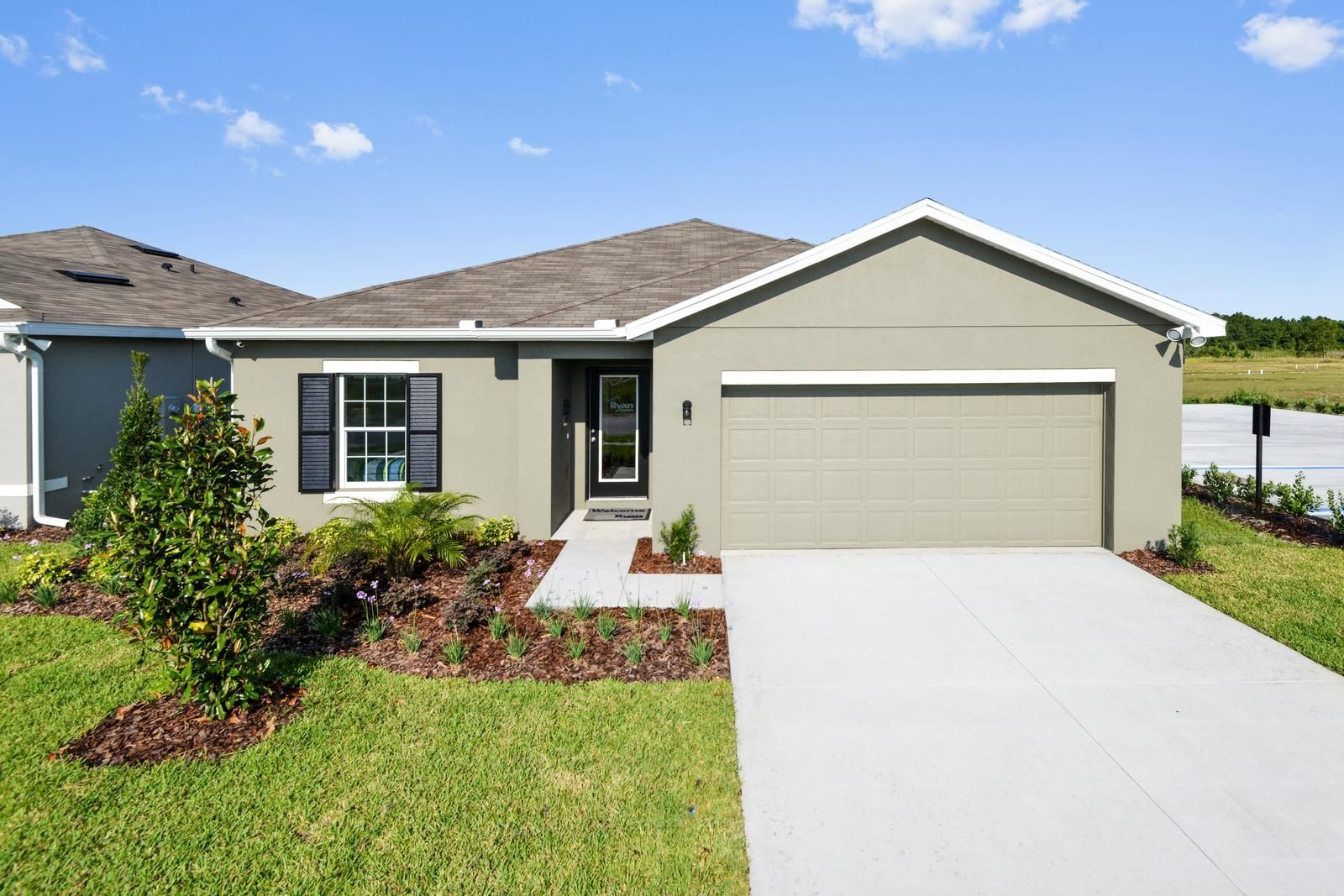 Welcome to Southern Crossing in Davenport, FL!:Welcome to one of thehottest destinations for affordable home ownership! Southern Crossing's small town charm and prime location puts you at the center of everything.Schedule a visittoday!