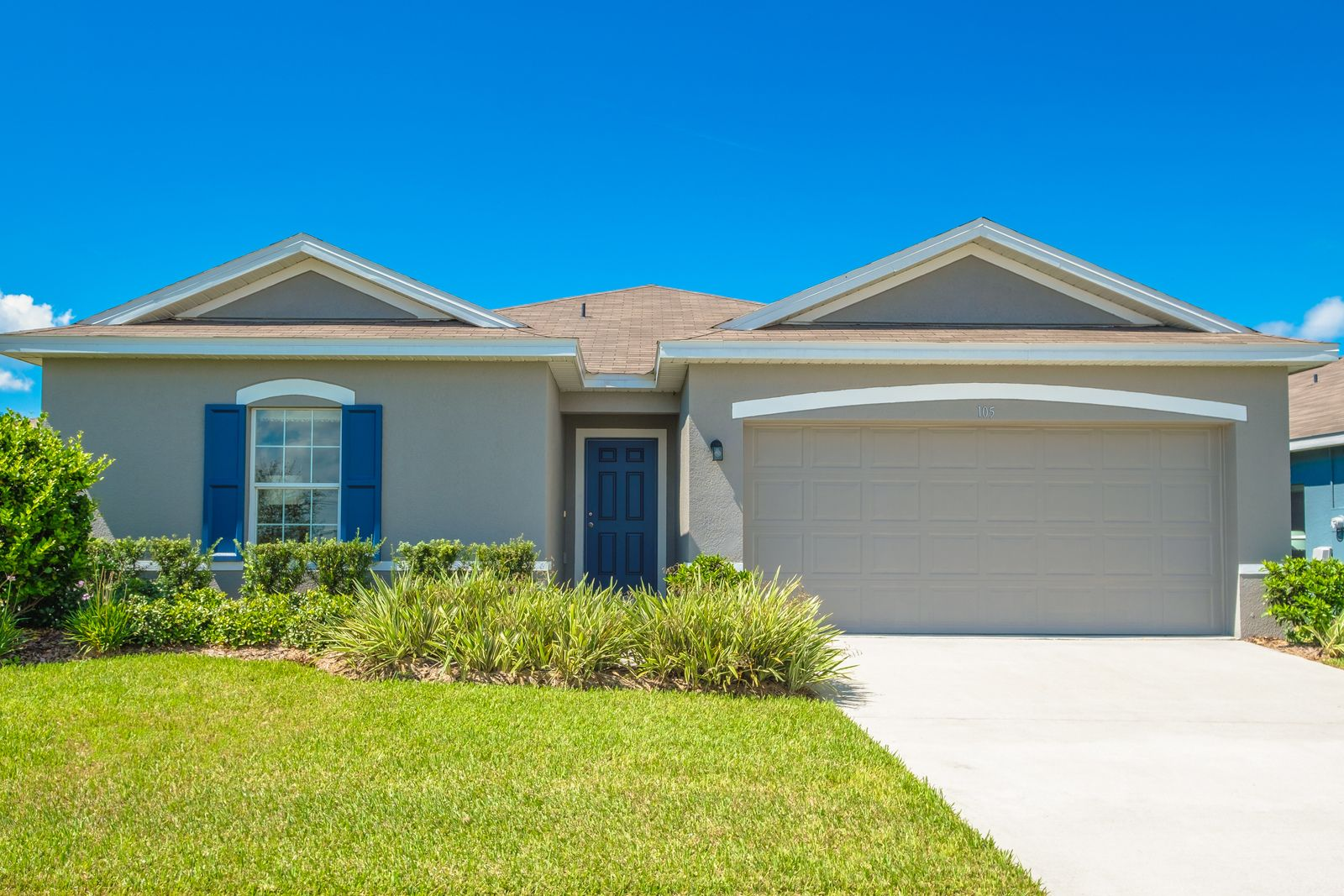 Welcome to Eagle Landing!:Where affordability meets lakeside living. Close to both Tampa and Orlando while conveniently close to US 27. NO CDD & Low HOA. From the upper $100s. Schedule a visit today!Se habla Español.