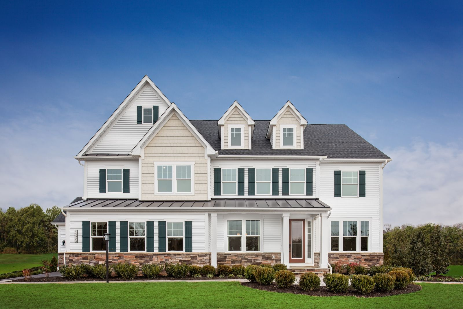 Estate Living Near Gainesville:Our luxury single family homes are now selling -schedule a visit today!