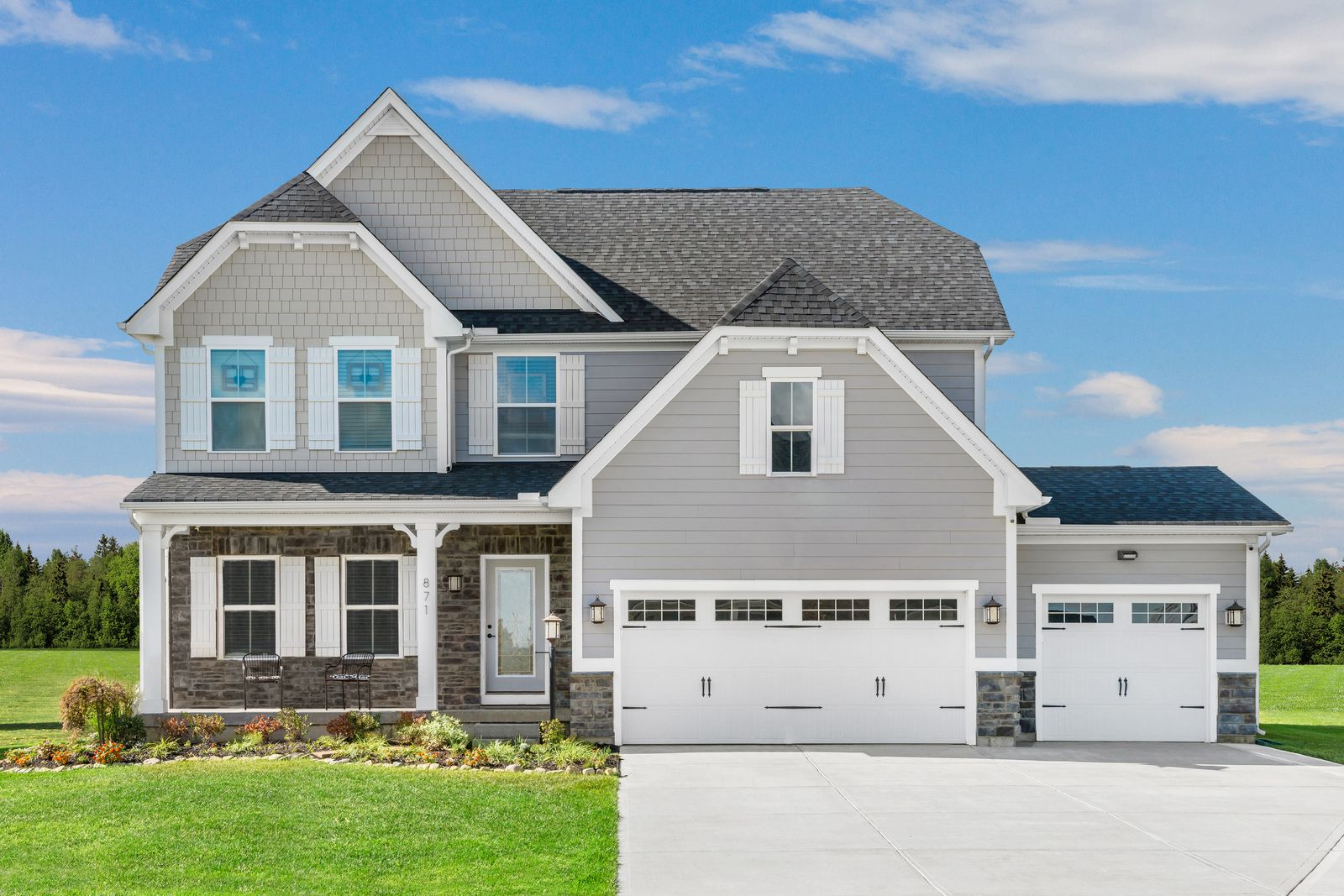 WELCOME TO WOODBOURNE MANOR - THE BEST VALUE IN FREDERICK:Frederick's best value - Get more for your money! Spacious single family homes, many included luxury features, and low monthly payments with no city taxes!Click here to schedule your visit today!