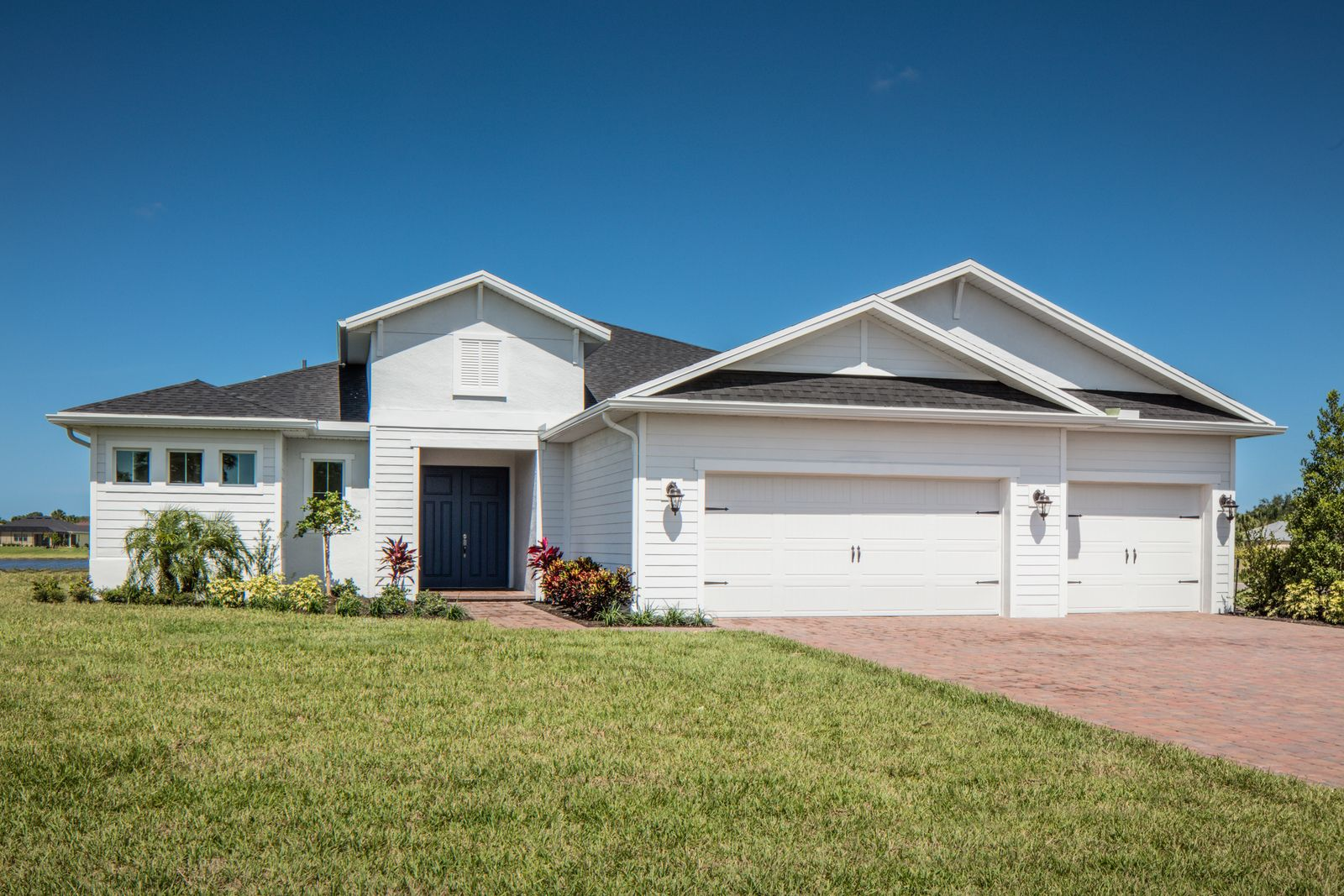 Welcome to Arcadia in Vero Beach, FL:Behind private gates sit stunning open concept floorplans with options for en-suite guest bathrooms, a private in-house apartment for family members, and 2- or 3-car garages.Visit us today!