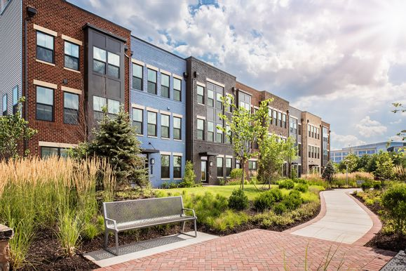 Welcome Home to Walkable Living Near Reston:Enjoy the best of city living in a lush, amenity-rich setting at Woodland Park Station, our new community of condos and townhomes on Metro's Silver Line.Learn more by scheduling a visit today!