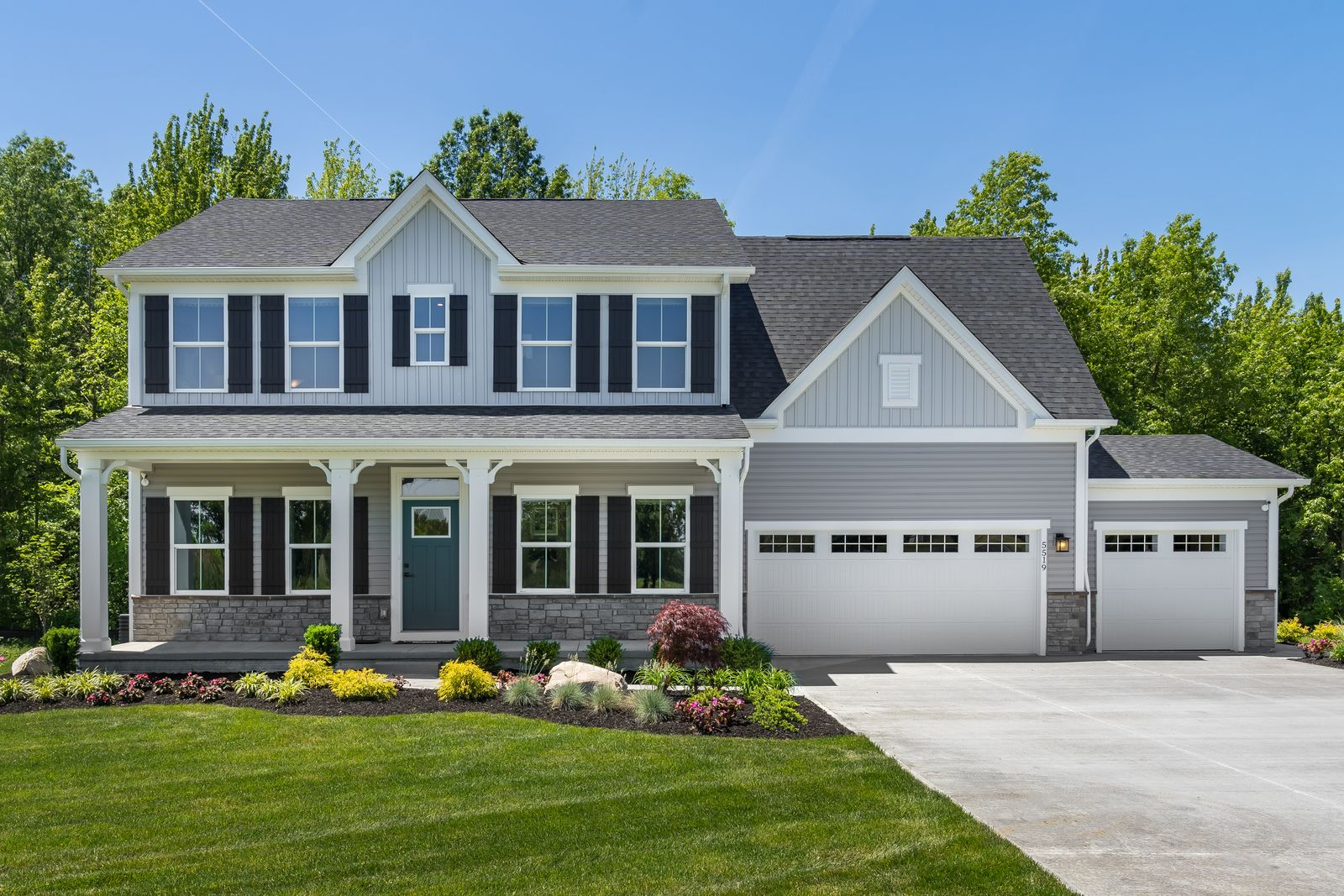 WELCOME HOME TO FOUNTAINS AT EDGEWOOD:Resort-style living with future community pool, clubhouse & walking trails. Optional covered porches,2-3 car garages,with no city taxes –mid300's.Click here to schedule your visit!