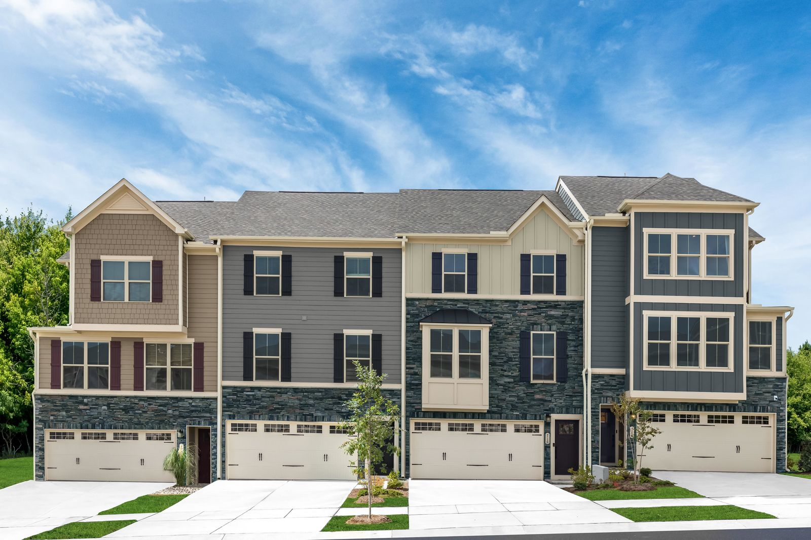Luxury townhomes near Verdae with space and features you expect. From the low $300s.:Up to 4 bedrooms, a flex room, and a covered porch with fireplace.Join the VIP List for the first chance to own at the lowest price available!
