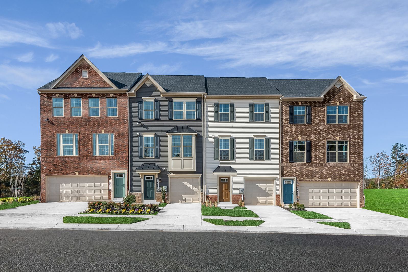 WELCOME TO SIGNATURE CLUB IN ACCOKEEK, MD:Our next release of homesites are coming soon! 1 & 2 Car Garage Townhomes in a convenient location from theupper $300s - low $400s.Schedule your appointment today!
