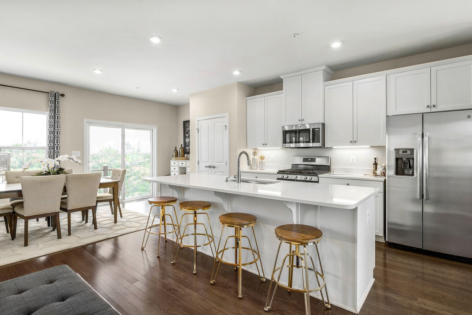 Welcome to Benn's Grant:Settle into this highly sought-after townhome community offering amenities, low taxes & easy commutes to local bases!Schedule a visittoday to learn how you can purchase your new home at $279,990!