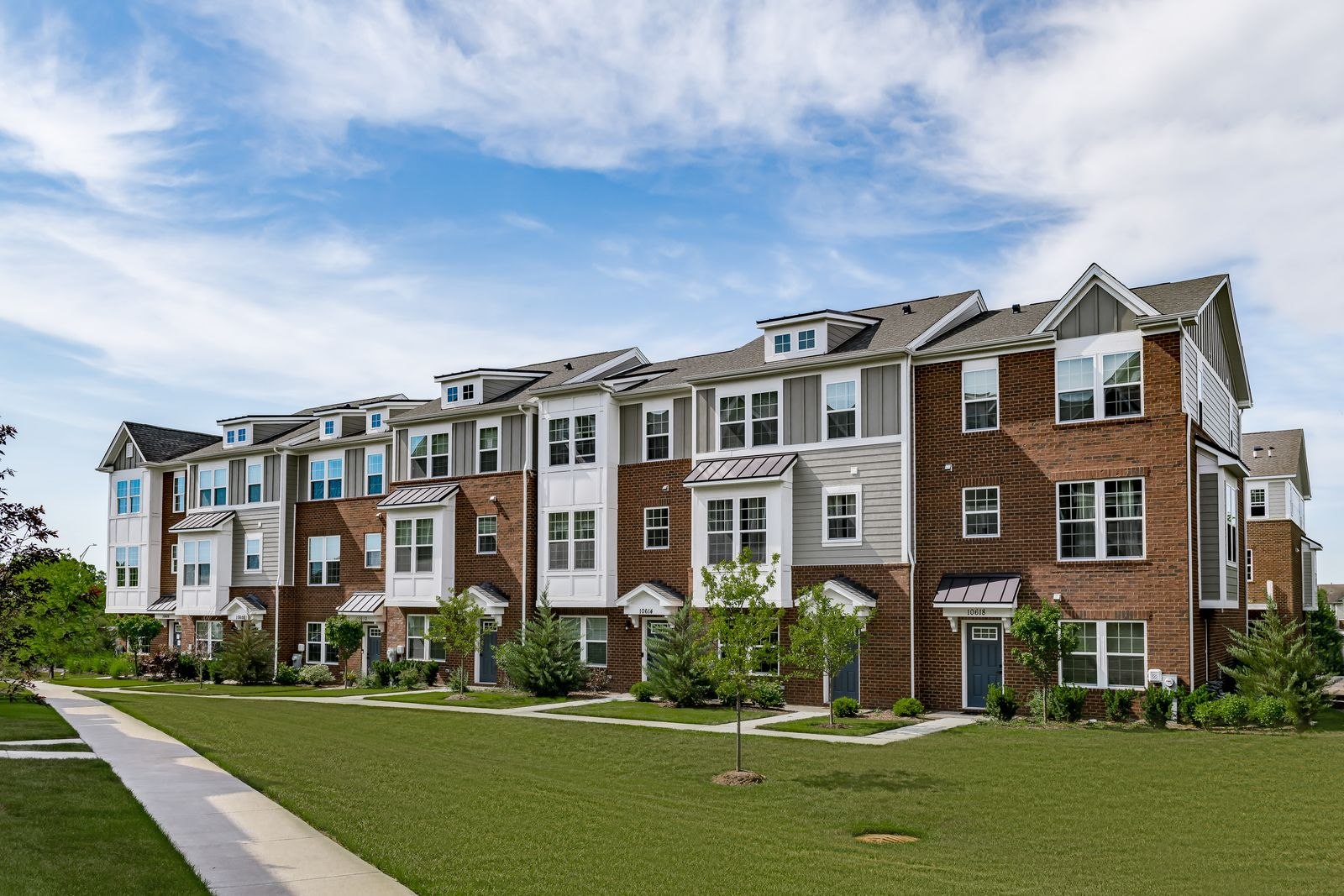 NEW 3 bedroom TOWNHOME IN a Premier ORLAND PARK location:Own a brand new 3 level townhome close to everything you love in Orland Park. Featuring 3 bedrooms w/ walkability to the 153 St. Metra Station and Centennial Park!Click here to schedule your visit!