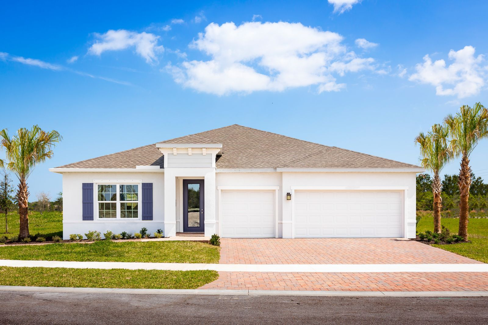 WELCOME HOME TO HUNTINGTON PLACE IN NORTH VERO BEACH - HOMES AVAILABLE NOW!:Learn more about our stunning single-family homes featuring 1/4 acre homesites and 3-car garage options.Schedule your private virtual or in-person visit today!