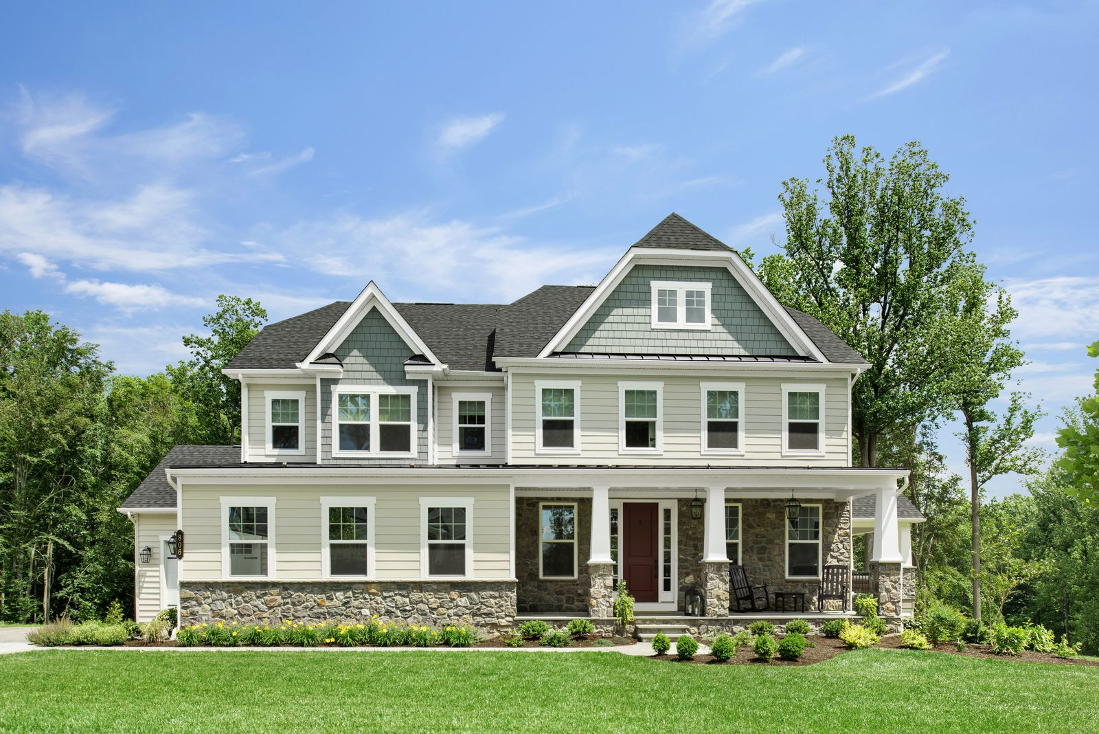 EXQUISITE SINGLE FAMILY HOMES ARE COMING SOON:IntroducingThe Reserve at Holly Park, a private enclave of just 7 half-acre homesites. Our current release is now full. Kindlyjoin our VIP list to be notified of future opportunities.