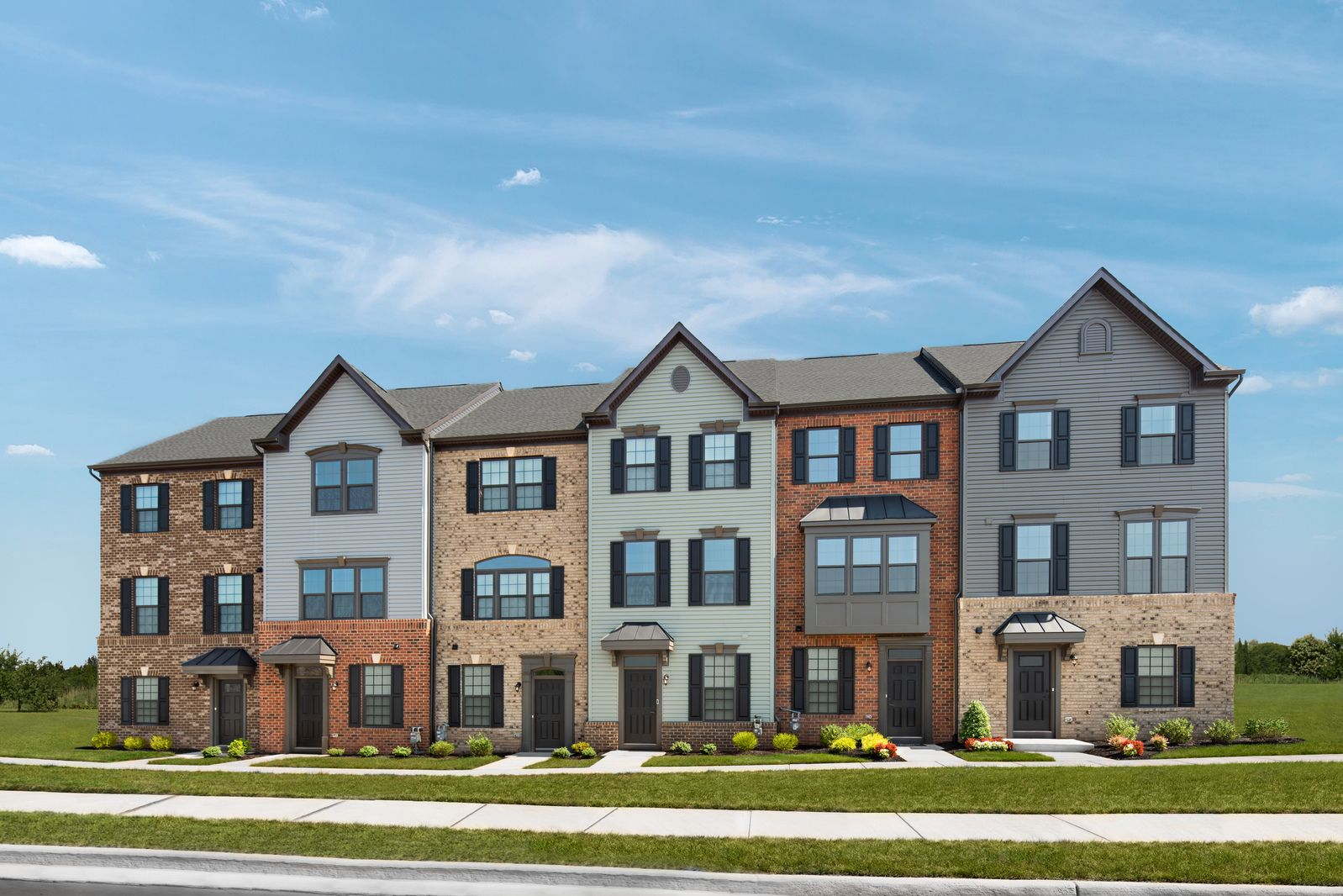 FOSTER'S GLEN - FROM THE LOW $500S:Fairfax County's lowest priced new towns & condos in a prime location off Rte. 28 near Dulles Airport, the Metro, Herndon & Reston!Schedule your visit online for an extra $500 towards closing costs!
