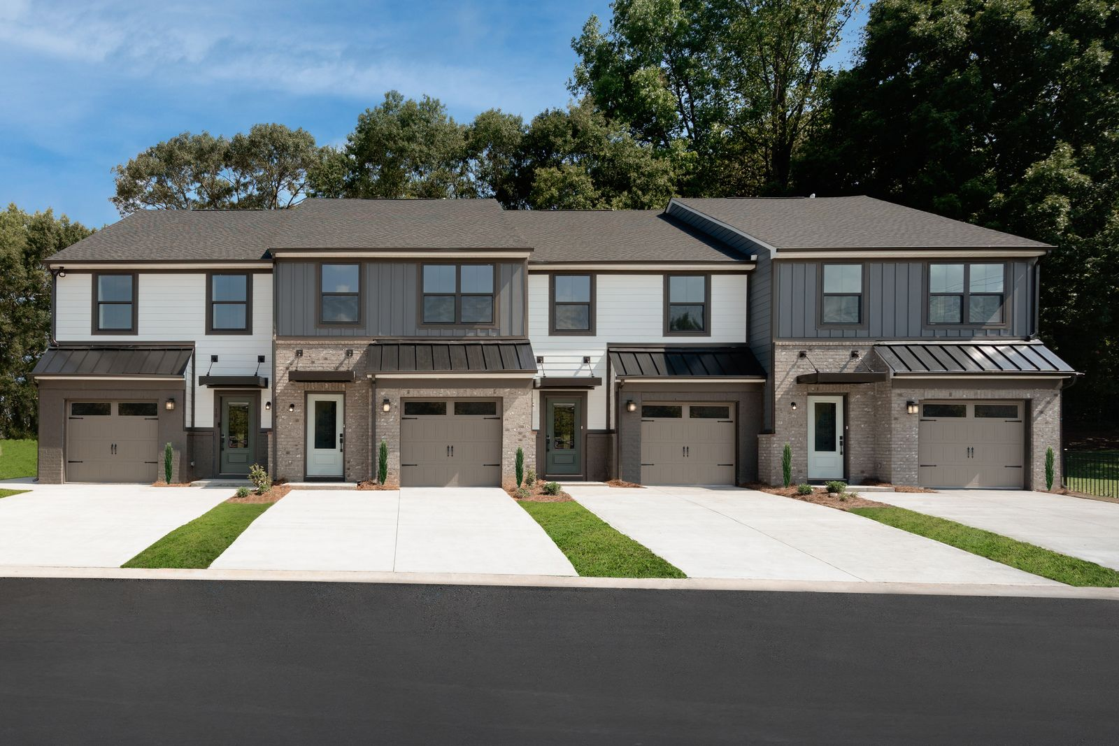 Own a new, modern, low-maintenance townhome at the best value in the heart of Mauldin.:Expect to enjoy the finer features, finishes, and style in your new home.Schedule a visitto learn more!