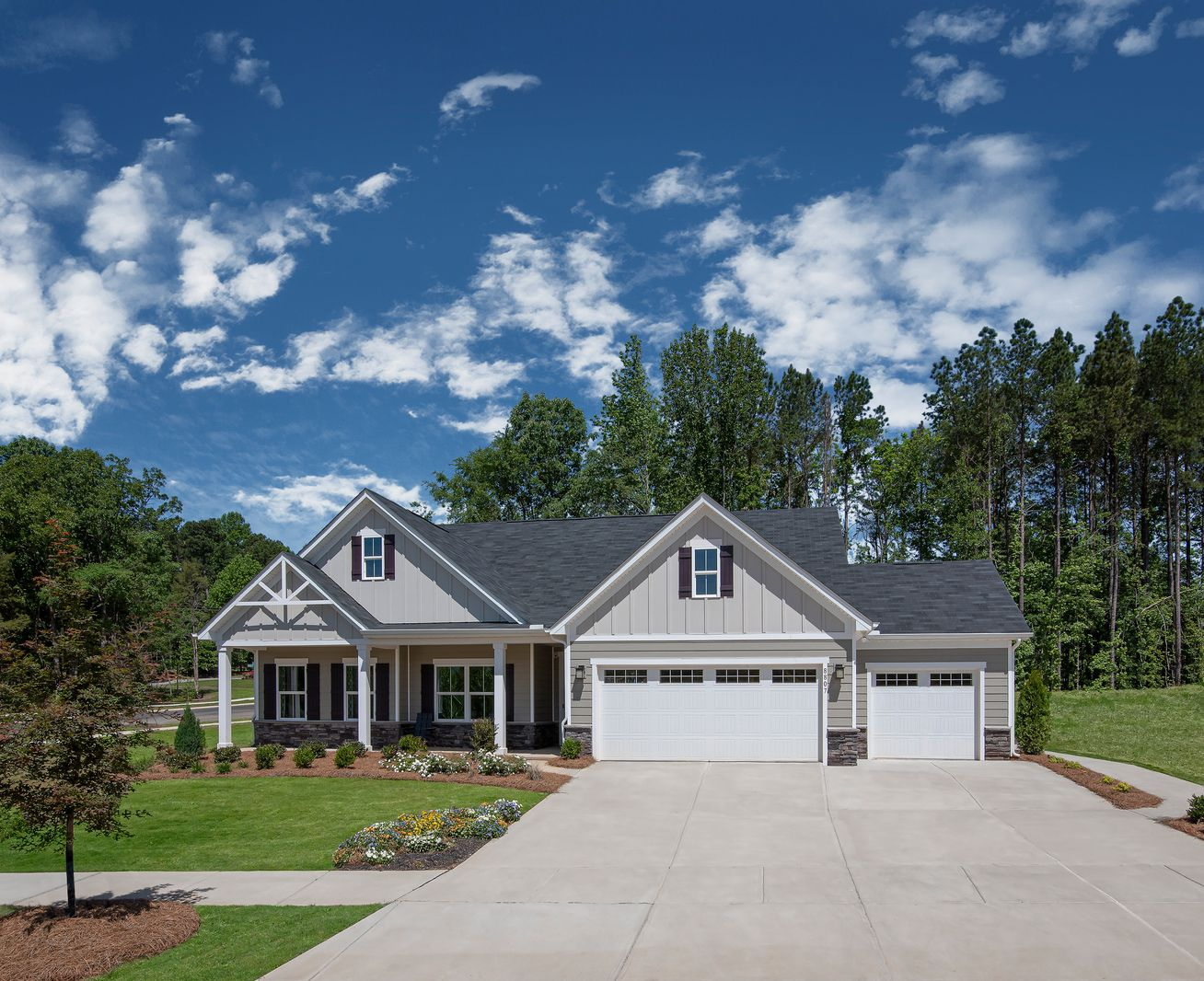 Looking for One-Level Living & a 3-car Garage?