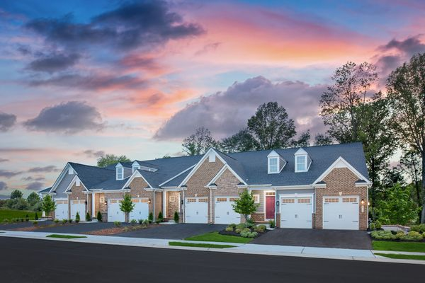 Luxury Without Compromise:Our grand villas at Turf Valley offer all the space of a single-family home without any of the maintenance hassles!Schedule a visittoday!