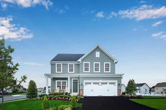 Welcome to Elkridge Woods:Move up to a spacious single family home in Howard County!Schedule your visit today.