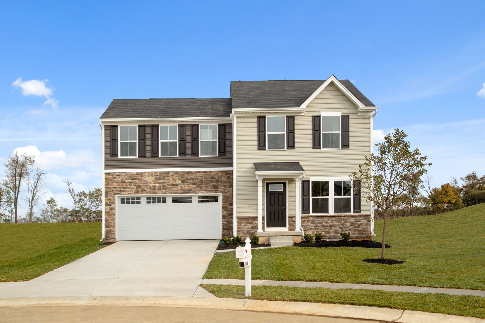 Welcome Home to Sawyers Mill:Most affordable new homes w/ 4+ bedrooms and 2.5 baths in Franklin Schools! An easy commute to I-75 from $190s.Click here to schedule your visit!