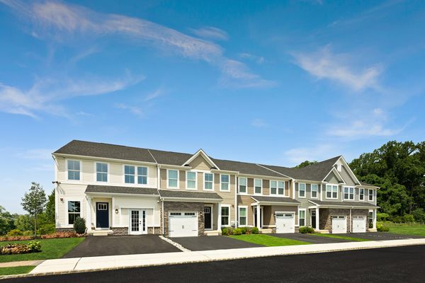 Welcome Home to Sinclair Springs:Lowest priced new garage townhomes in Chester County in a wooded setting, walkable to downtown Kennett Square - only 4 homesites remain!Schedule your appointment today!