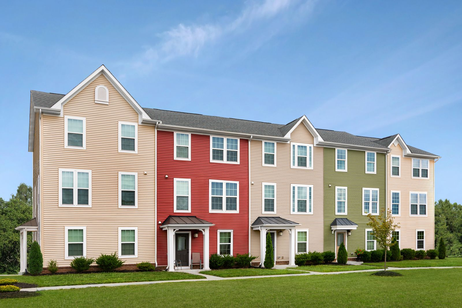 MINTBROOK TOWNHOMES - NOW OPEN from the upper $200S:The lowest priced new garage townhomes close to Rte. 28, 17, 29/15! Enjoy easy access to Warrenton & Manassas. Our new section is now open,click here to schedule your visit!