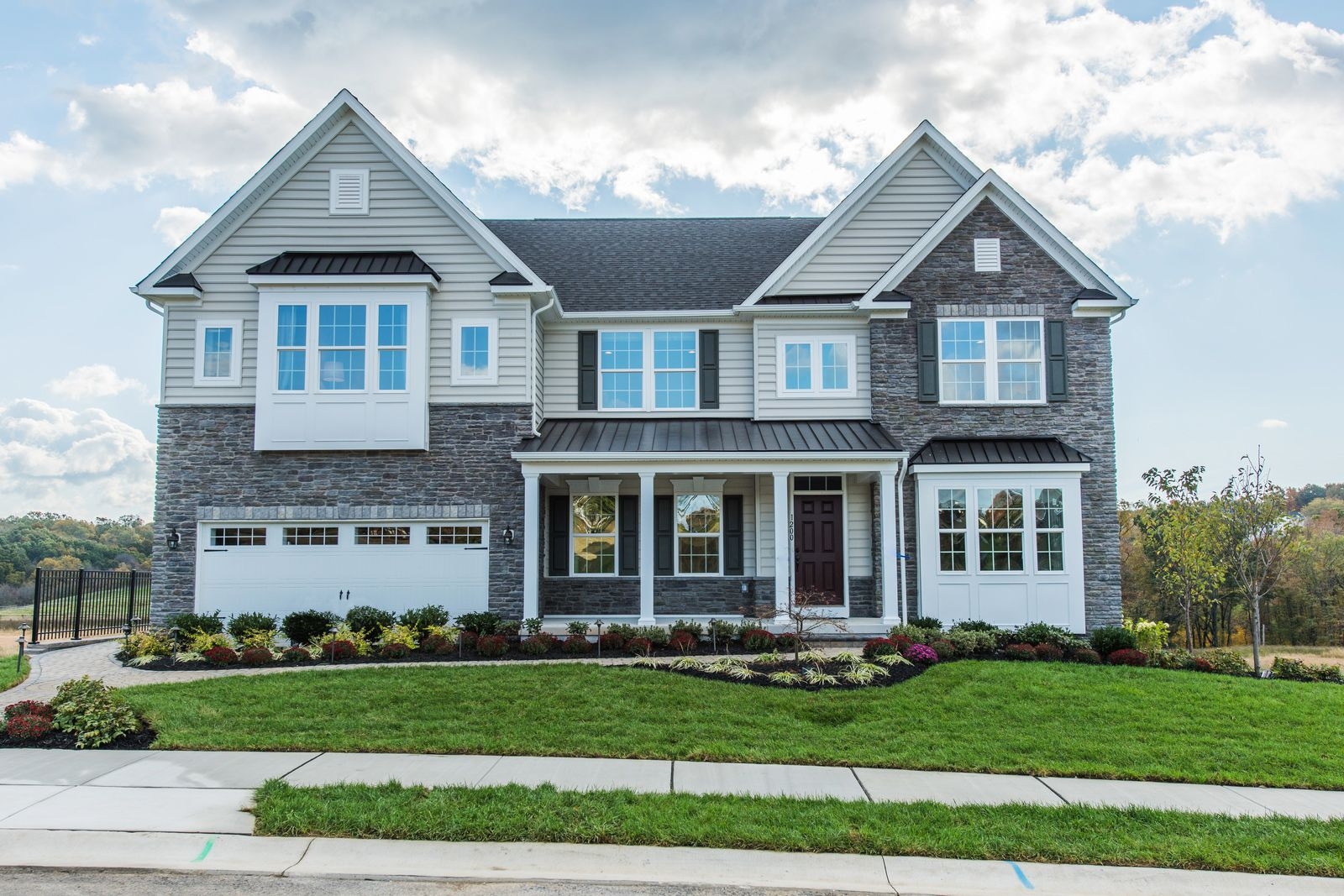 Welcome home to Bradford Walk:The only new estate homes with finished basements included, in Downingtown schools, convenient to West Chester, Malvern and King of Prussia.Click here toschedule an appointment today!