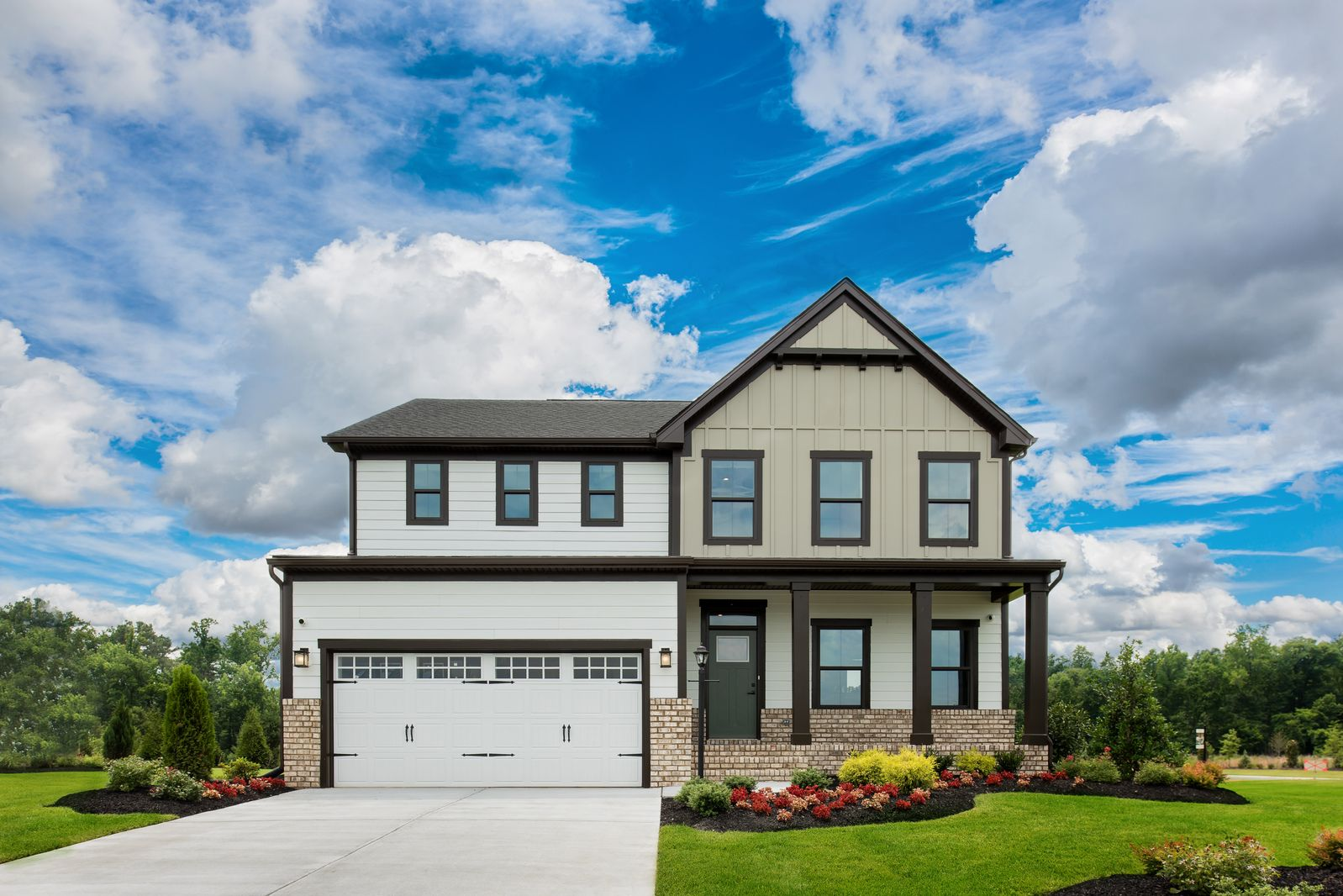 NEW HOMESITES in Atlee High School District!:Welcome to Giles: Hanover county's premier community of artfully-designed homes, and million-dollar amenities, and top-ranked schools.Schedule your tour now!