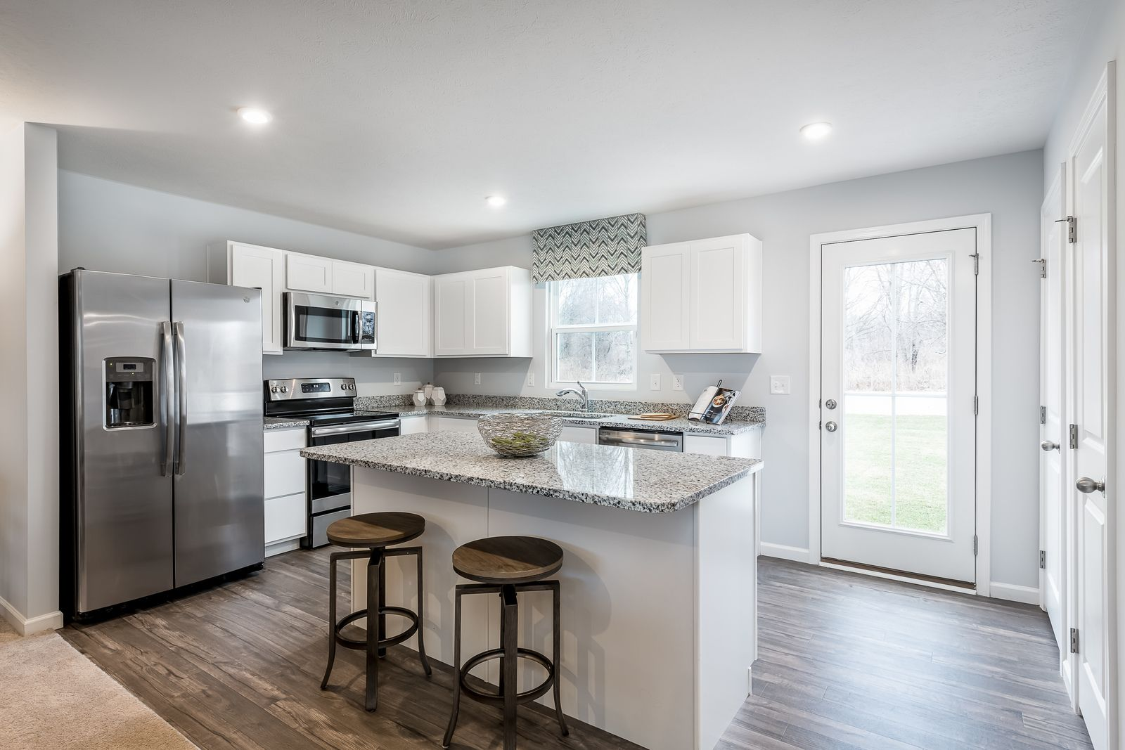 Own a New Home Near Fishers at Oakmont!:Own a new home, with all appliances included, near Fishers & Hamilton Town Center, from the mid $200s.Click here to schedule your visit today!