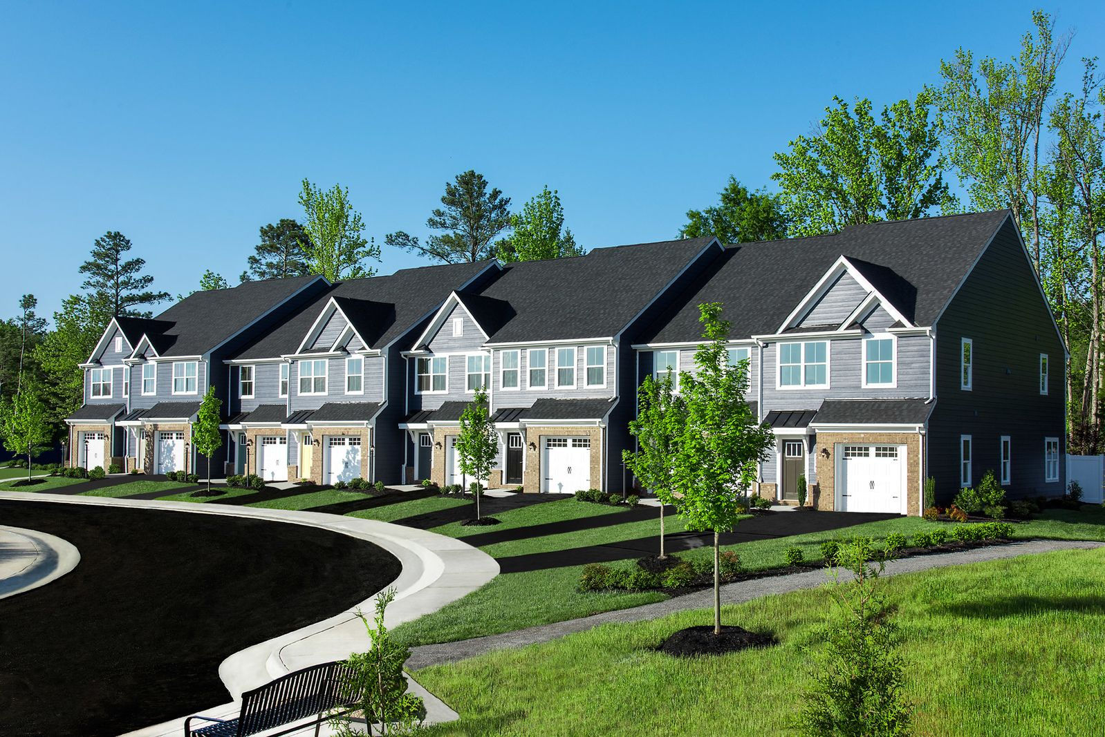 WINDING BROOK TOWNES – 2 & 3 STORY GARAGE TOWNHOMES JUST OFF I-95 WITH WALKABILITY TO DINING:LOW MONTHLY PAYMENTS AVAILABLE. Winding Brook Townes, Where location and convenience meet with that just-right price you have been looking for!