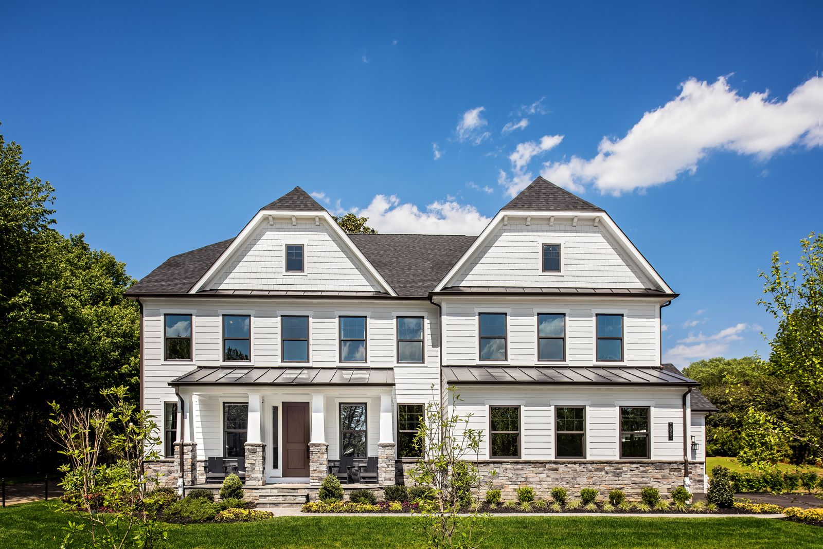 Estate Homes with Water Access:Welcome to Ivy Hill, our private enclave of just 13 estate homes in Severna Park. Sales are underway,schedule a visit today!