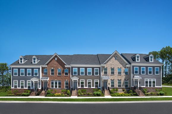 BALTIMORE COUNTY'S MOST LUXURIOUS TOWNHOMES:Our spacious residences up to 3,786 sq. ft. offer complete luxury without an ounce of compromise. Enjoysingle-family living without the hassles of maintaining a used home. Schedule a visit today!