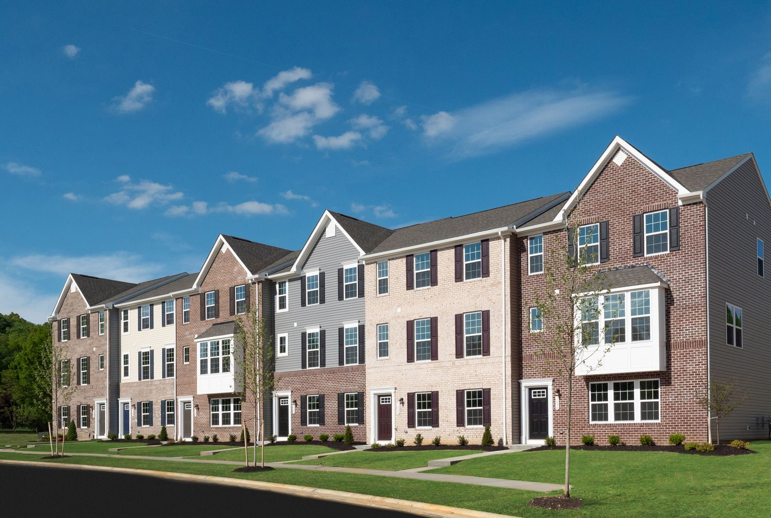 WELCOME HOME TO TOWNS AT STEELS CORNERS:Own a new townhome in Northern Cuyahoga Falls! 1 minute to Rt 8 for easy access to Akron/Cleveland. Have more fun with lawn/snow care provided.Click here to schedule your visit!