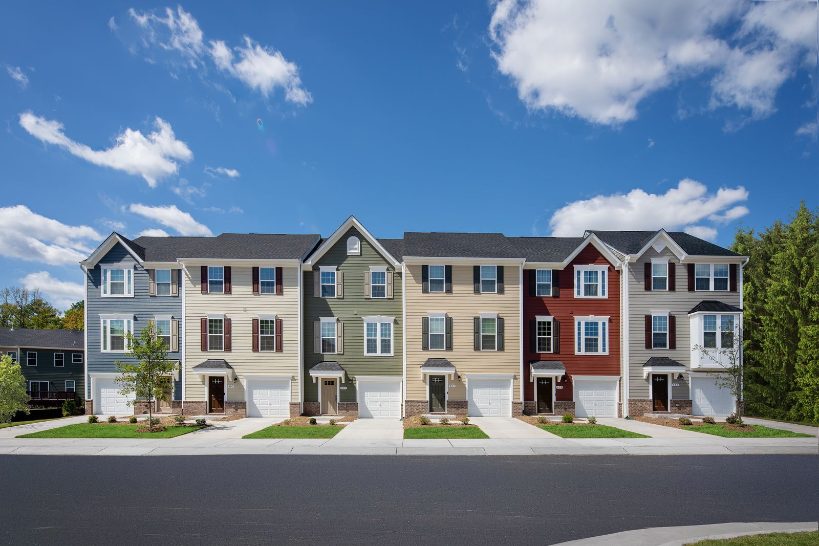 Community amenities include pool & clubhouse, walking trails, park, and no yard work. PLUS, Schedule your visitto secure our FINAL townhome and receive $2,000 toward closing costs for a limited time!