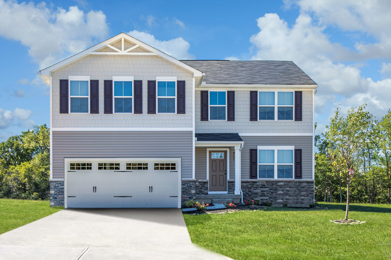 WELCOME HOME TO SAWYERS MILL 2-STORY:Most affordable new homes in Franklin Schools. 3-5 bedrooms and 2+ bathrooms on wooded, walk-out homesites! Easy commute to I-75. From the low $200s.Click here to schedule your visit!