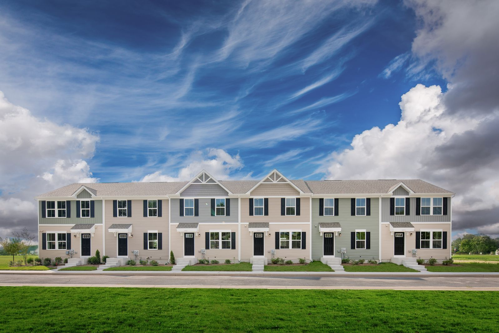 Become a Chesapeake Club VIP!:Click here to Join our VIP Listto receive special VIP pricing and incentives. Plus, receive new updates on the community and preview our model homes before we open to the public!