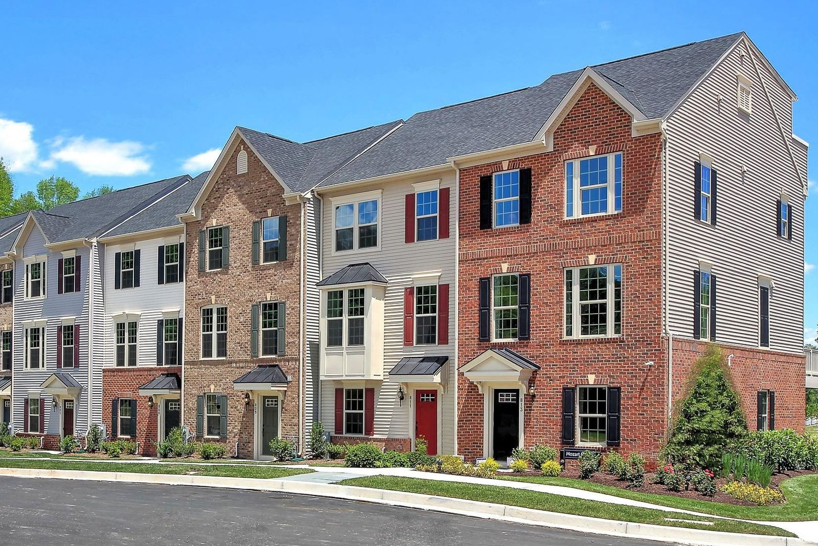 BRAND NEW TOWNHOMES ARE COMING SOON TO ARCOLA TOWN CENTER FROM THE MID $500S:Loudoun County's best value townhomes in amenity-filled Arcola Town Center - easy access to commuter routes, shops & dining! Join the VIP List today.