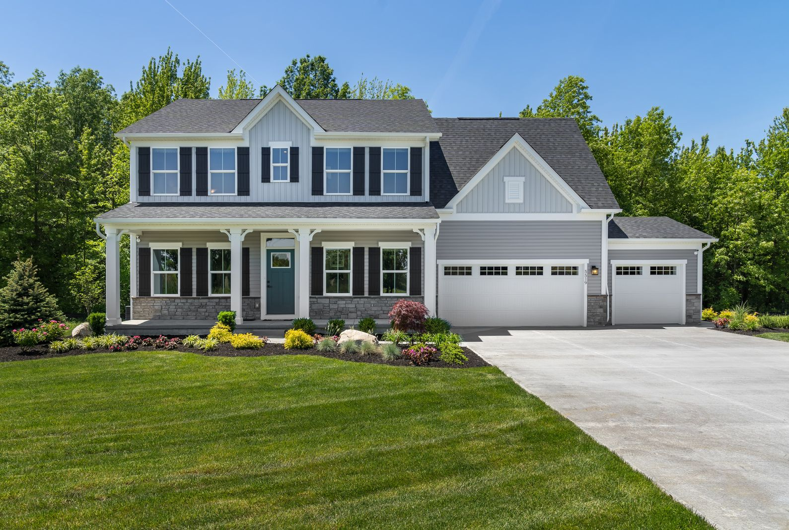 Move into your new home at Fort Scott this July!:Located in Southwest Schools, Fort Scott offers a collection of wonderful amenities only 5 minutes from 275. Take advantageof ourPowell Quick Move-in and have your brand new home ready by Summer.