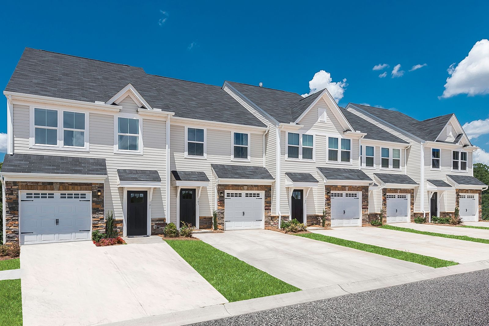 WELCOME TO ABERDEEN PLACE:Lowest priced new townhomes with 2 beds and a loft in a convenient Aberdeen location 2 miles from the GSP and 13 miles from MetroPark. Click here toschedule your appointment.Photograph (1)