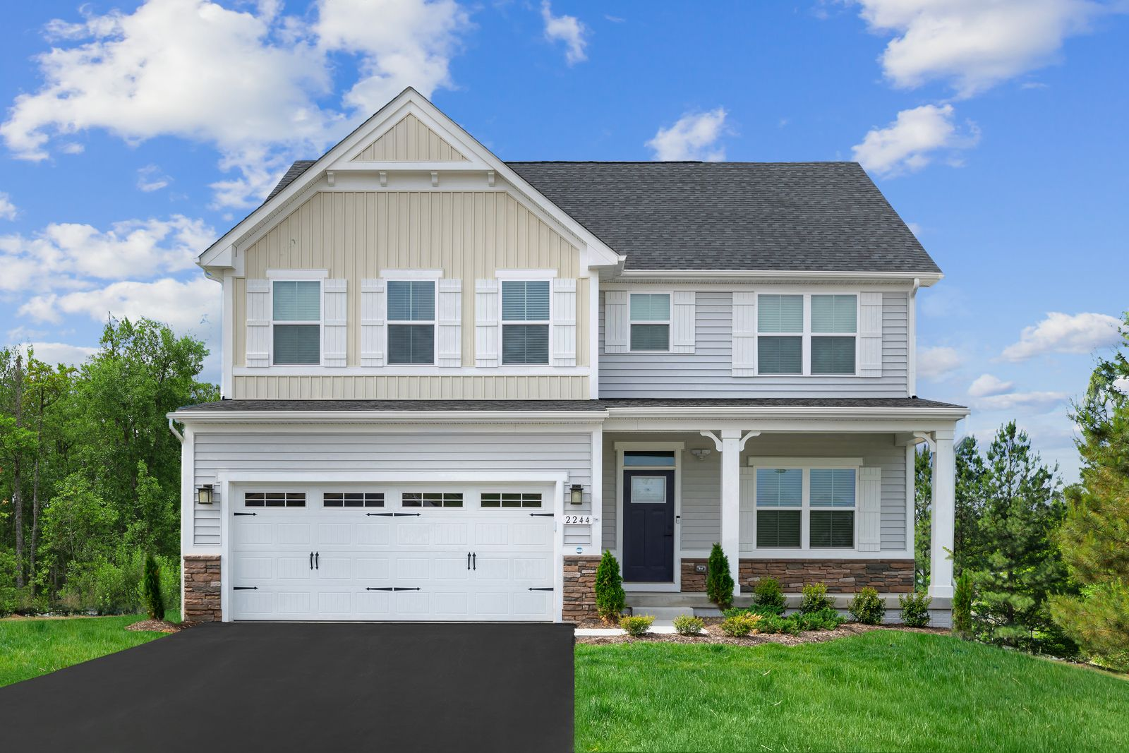 LEE'S PARKE - single-family homes from the upper $400s:Brand new homes in an established community with resort-style amenities and convenient access to shopping, dining, commuter routes and more!Schedule your visit today.