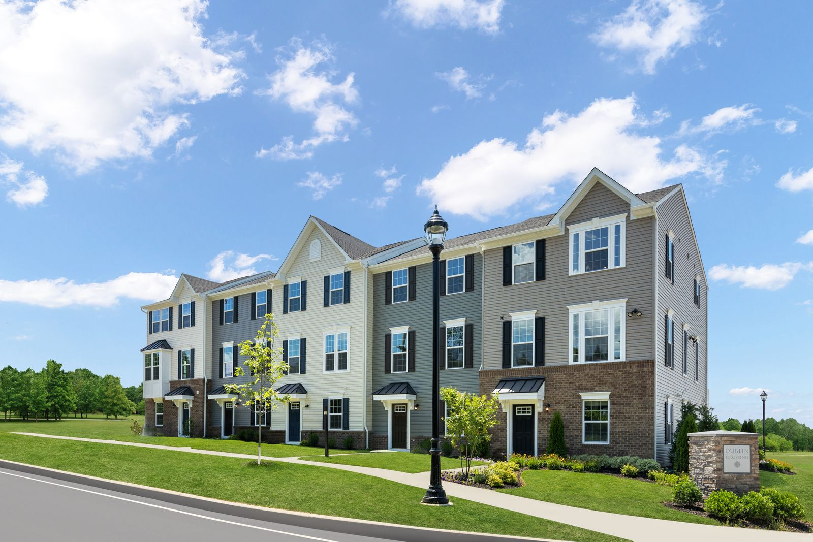 WELCOME TO DUBLIN CROSSING:The only new townhomes with 1- and 2-car garages, in Dublin Town Center with shopping, dining and fitness, minutes to Doylestown. Click here to schedule your appointment today!