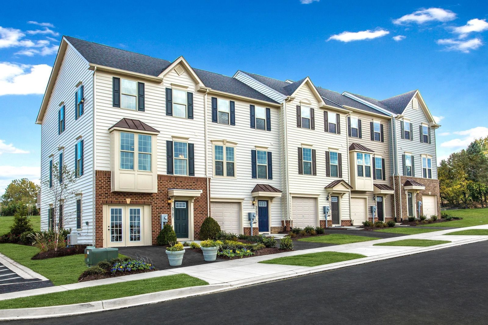 Welcome to Mapleview:Lowest priced new townhomes with low HOA fees in Downingtown schools. Located across from sought-after Applecross Country Club.Click here to schedule your visit today!