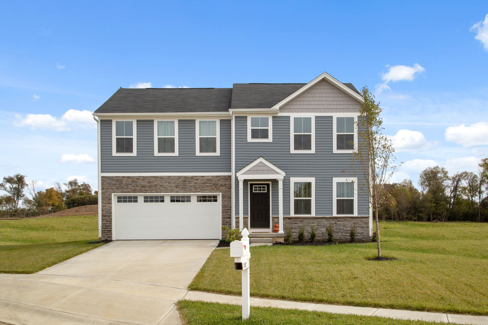 Woodlands at Morrow: New homesites just released!:Schedule your visitto choose your homesite in our newest section. Enjoy wooded views andincluded basements and appliances at an unbeatable value. The best kept secret in Little Miami Schools.