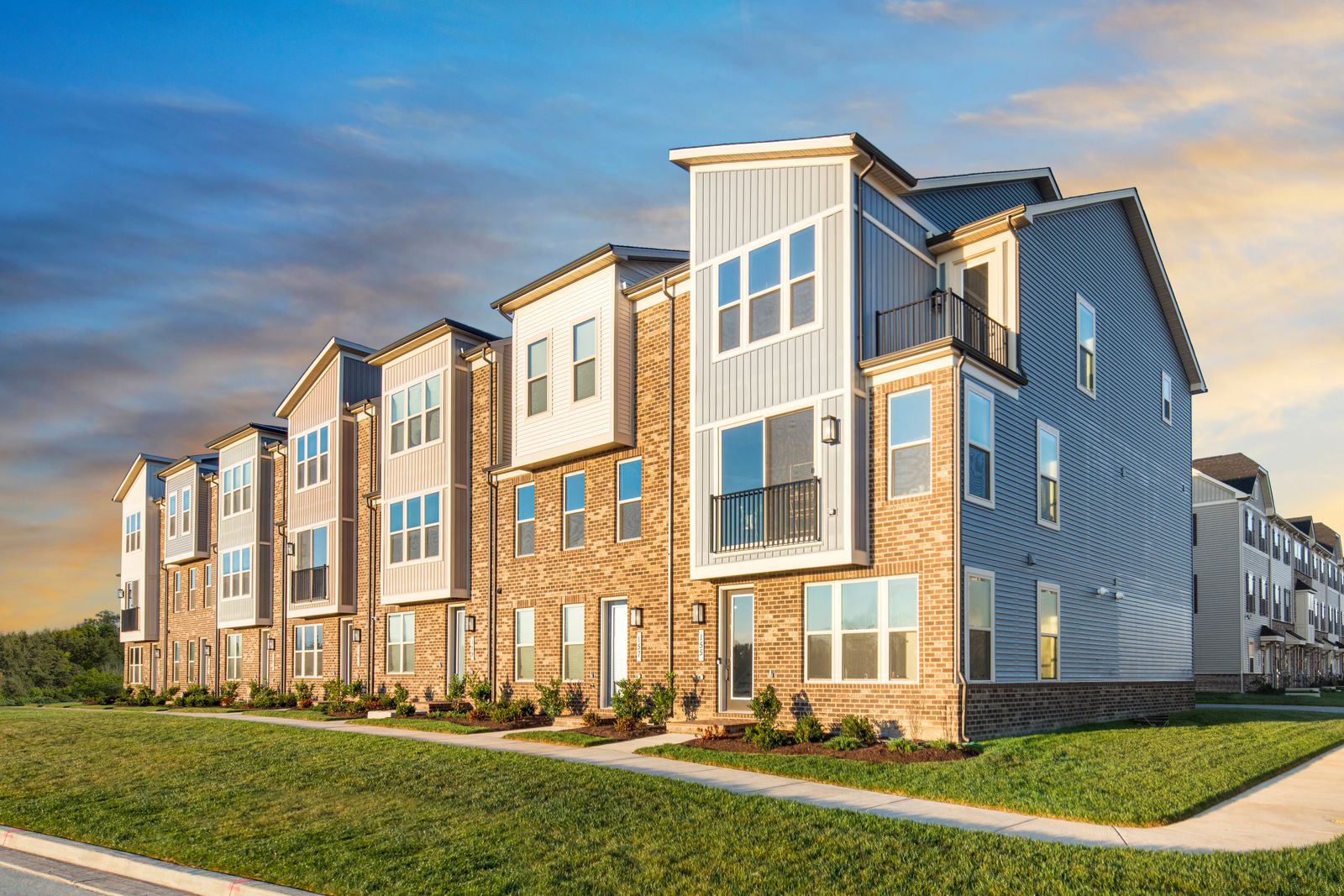 SOPHISTICATED TOWNHOMES IN SOUGHT-AFTER LAUREL:Introducing a private enclave of luxurious new townhomes in a pristine Laurel location, surrounded by trees and onsite amenities. Visits are offered by private appointment.Schedule a tour today!