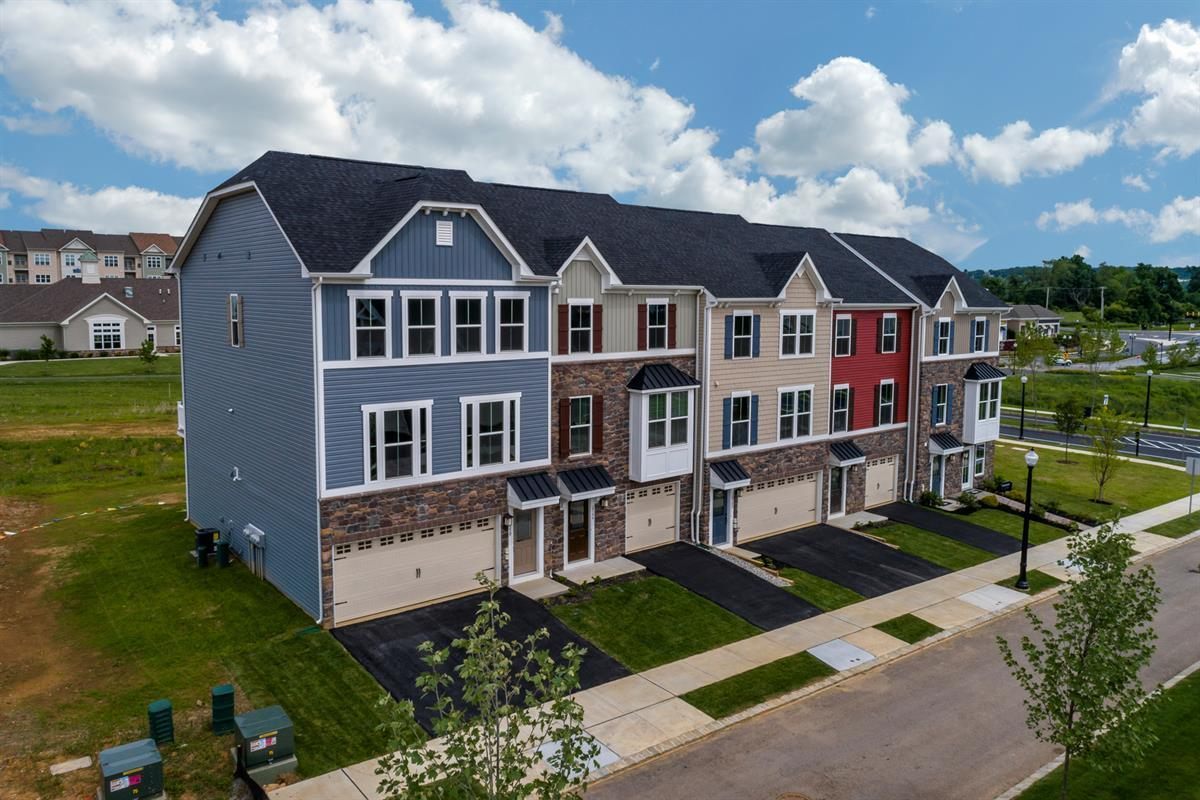 Madison Farms Townhomes In Easton Pa New Homes By Ryan Homes