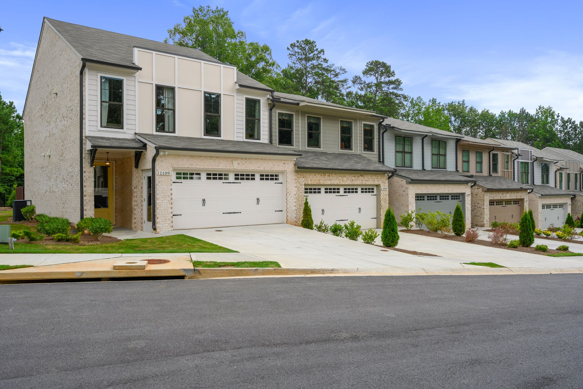 Welcome to Boutique Luxury New Townhome Neighborhood :Representation of Townhomes, Streetscape