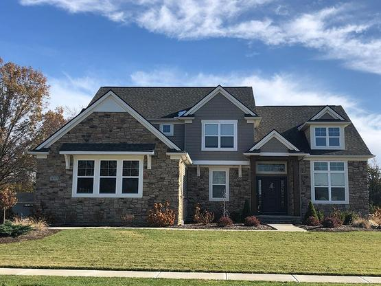 Edgerton Commons:By Petros Homes