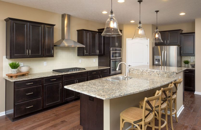 Castle Rock:Kitchen with Plenty of Cabinet Space