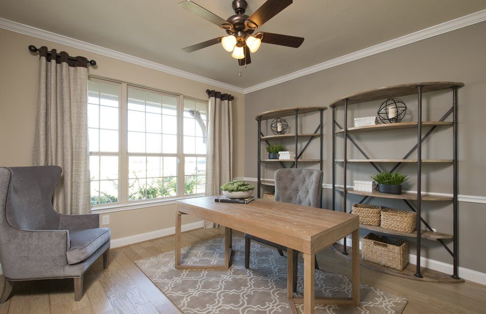 Caldwell:Flexible living space or optional study