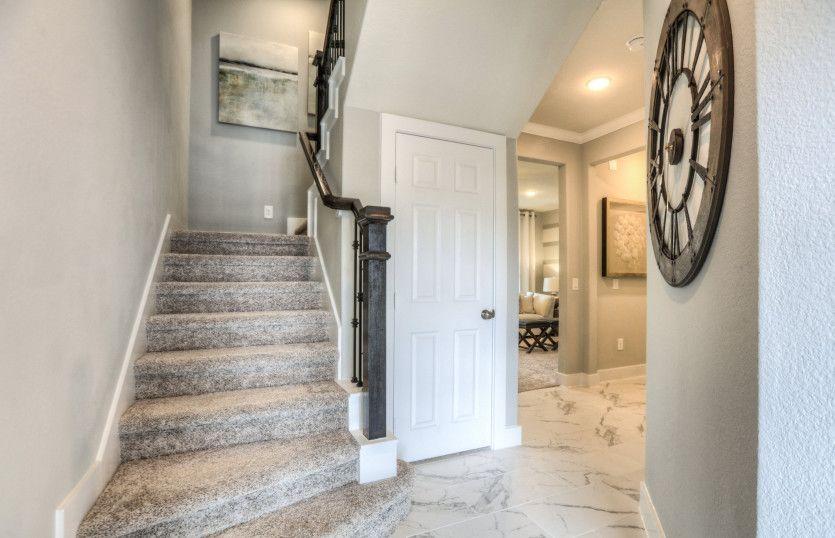 Bailey:Similar Floorplan - Welcoming Foyer