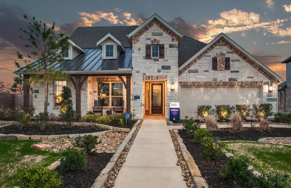Kennedale:Front Exterior F