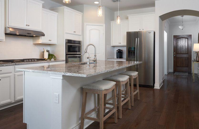 Hamilton:Open Island Kitchen