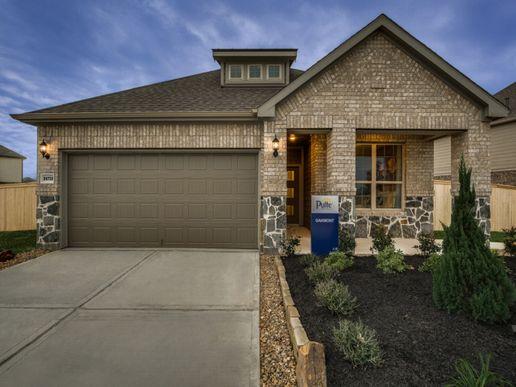 Oakmont:Model Home Exterior D