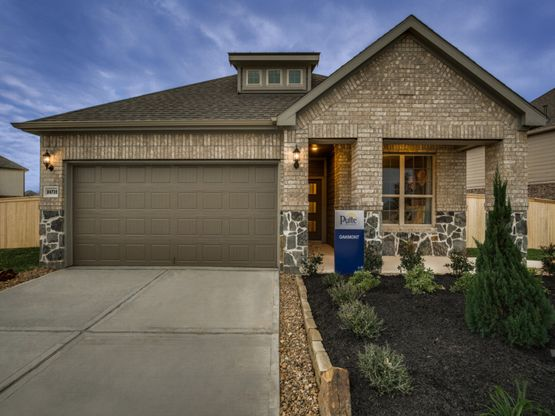 Oakmont:Model Home Exterior D